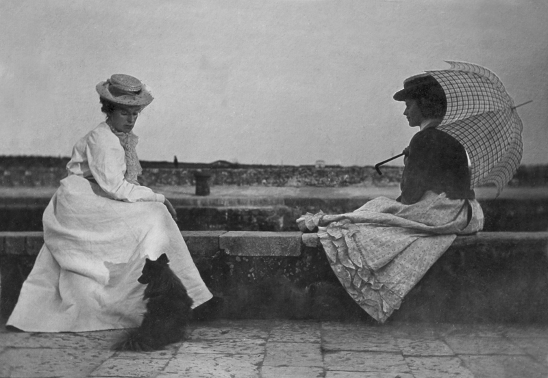 Eva and Lilian BlandViareggio, Italy28th May 1900
