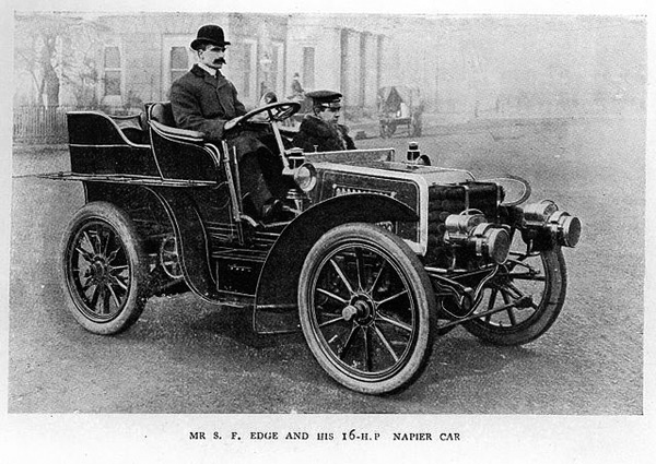640px-Mr_S._F._Edge_and_his_16HP_Napier_Car_6067362615